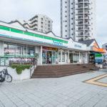 海風の街の敷地にはコンビニ、ファミリーレストラン、クリニック、銀行ATM、ケーキ店などがあります。