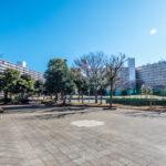サンコーポ浦安の広場。夏祭りなどコミュニティがしっかりした大規模マンションです。