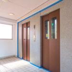 エレベーターは2基あるので比較的スムーズに昇降できます。