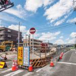 妙典橋開通予定の新浜通り沿いのアパートです。2018年5月24日撮影。