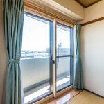 和室の窓には防音などに優れたインナーサッシが施工されています。(寝室)