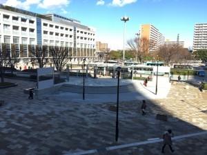 新浦安駅前広場