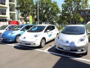 明和地所電気自動車