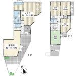 2003年2月築。土地約53坪の木造2階建。5LDK。カースペースは2台分あります。(間取)