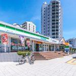 海風の街の敷地内にはコンビニ、ファミリーレストラン、クリニックなどがあります。