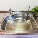 キッチンにはビルトイン浄水器が付いています。(キッチン)