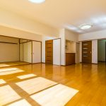 2008年2月内装リフォーム済み。室内はきれいにお使いです。(居間)