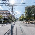 道路を渡ればすぐに中江川添公園があります。(周辺)