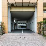 シーガーデン新浦安の駐車場入口にはチェーンゲートが付いています。
