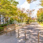 京成サンコーポ浦安の敷地内は、緑豊かで日本らしい四季を感じることができます。(周辺)