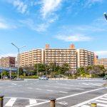 新浦安駅徒歩4分、立地が優れたマンションです。(外観)