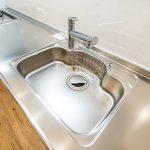 キッチンの水栓は浄水器一体型です。(キッチン)