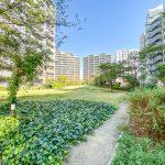 ベイシティ新浦安には緑溢れる中庭があります。(周辺)