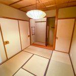 床の間がある和室1。襖を開けてLDKと一体の空間としてもご利用いただけます。(寝室)