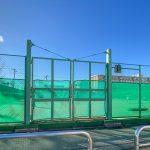 マンション敷地内にテニスコートがあります。(周辺)