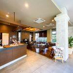 共用棟にはカフェラウンジなどの共用施設があります(一部有料施設あり)。(周辺)