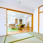 LDKと和室を合わせて約24.6帖の広さがあります。(寝室)