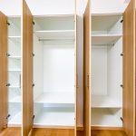 約8.0帖の洋室1にはクローゼットがあります。(寝室)