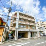 東京メトロ東西線浦安駅徒歩14分。東小学校まで徒歩7分。(外観)