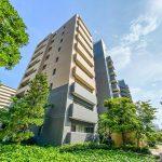 ベイシティ新浦安は東急コニュニティーがしっかりと管理しているマンションです。(外観)