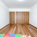 2階洋室3にはクローゼットが配置されています。(寝室)