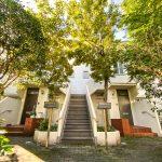 新浦安駅徒歩3分、3階建て2階3階部分のメゾネット住宅のご紹介です。(外観)