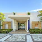 共用棟(ビーチハウス)には集会所、フィットネススタジオなどがあります。(周辺)