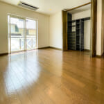 全居室に収納付き。収納スペース豊富です。(寝室)
