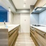 収納豊富なセパレート型のⅡ型キッチン。(キッチン)