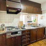 人気の対面キッチン。キッチンのコンロは2013年に交換されています。(キッチン)